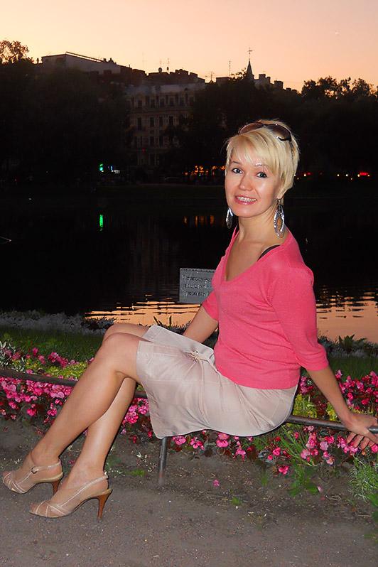 Meet Amazing Girl Arina From Saint Petersburg Russia 44 Y O