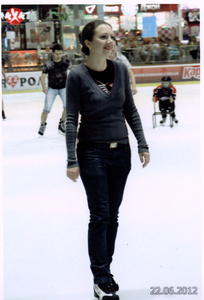Lara,37-3
