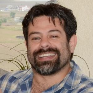 Manuel,42-1