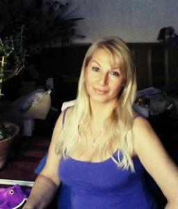 Alina,48-6