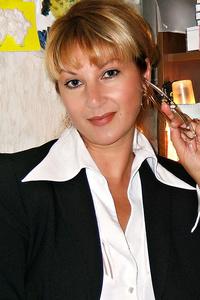Alina,47-1