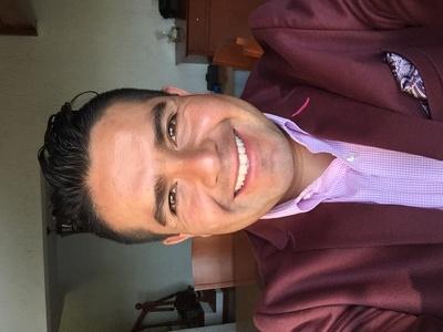 Luis,37-8