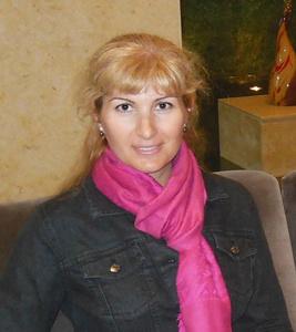 Anna,45-2