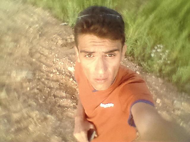 Хочу познакомиться. Behnam из Ирана, Dehgolan, 27