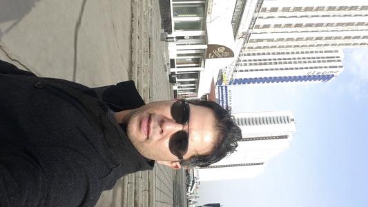 Luis,38-8