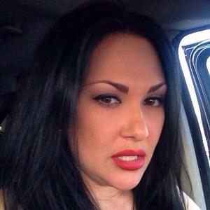 Alexandra,37-12