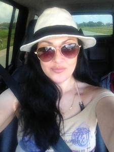 Alexandra,37-5
