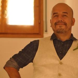 Carlos,45-6