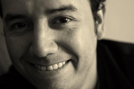 Carlos,42-8