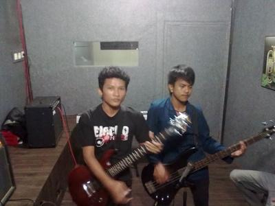 Arief,25-16