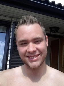 Lars,31-3