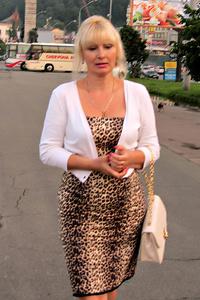 Valentina,56-1