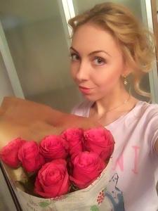 Anna,24-4