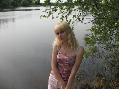 Elena,33-4