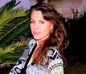 Natalia,38-12