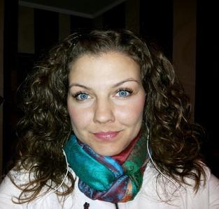 Lora,32-3