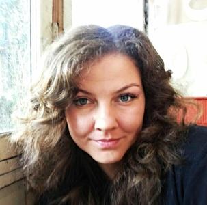Lora,32-4
