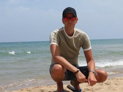 Darren,39-3