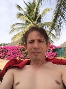 José,52-1