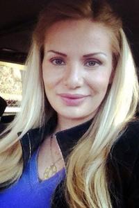Alina,34-1