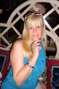 Alina,55-2