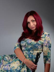 Nina,47-7