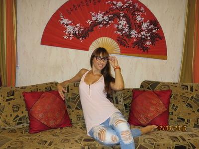 Natalia,32-4