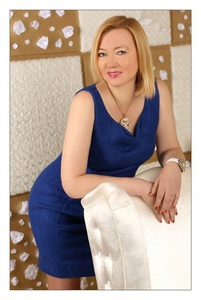 Elena,52-6