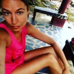 Olga,33-49