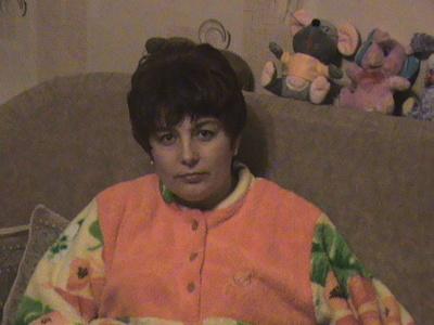 Nina,54-8