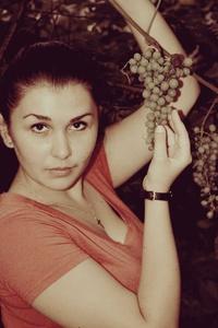 Maria,24-6