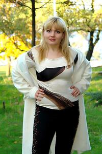 Yuliya,43-2