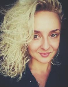 Irina,32-19