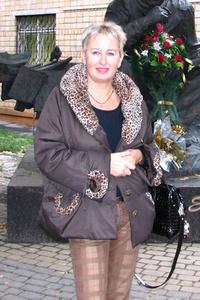 Ilana,50-1