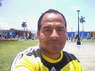 Javier,44-7