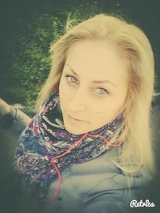 Anna,34-20