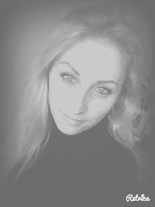 Anna,34-17