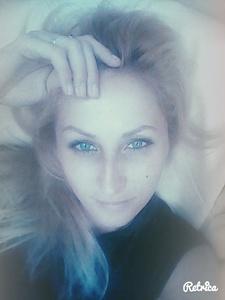 Anna,34-24