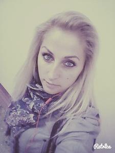 Anna,34-19