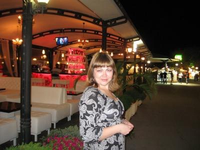 Elena,35-8