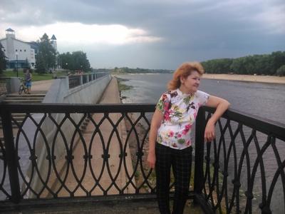 Irina,56-4