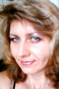 Lena,44-1
