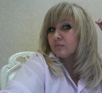 Elena,54-4