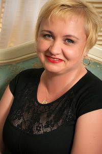 Elena,46-2