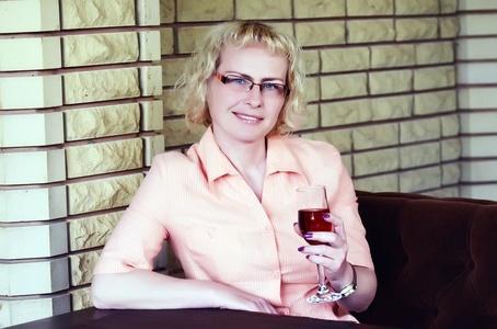 Antonina,44-4