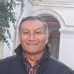 Arturo,54-9