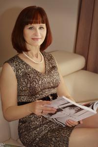 Irina,55-3