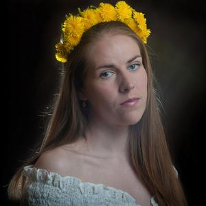 Elena,31-34