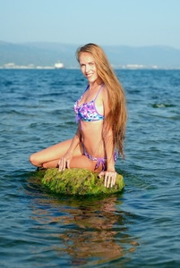 Elena,31-37