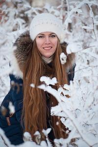 Elena,31-6